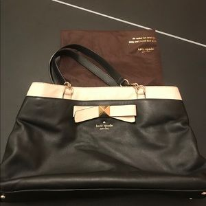 Kate Spade leather shoulder bag with dust bag